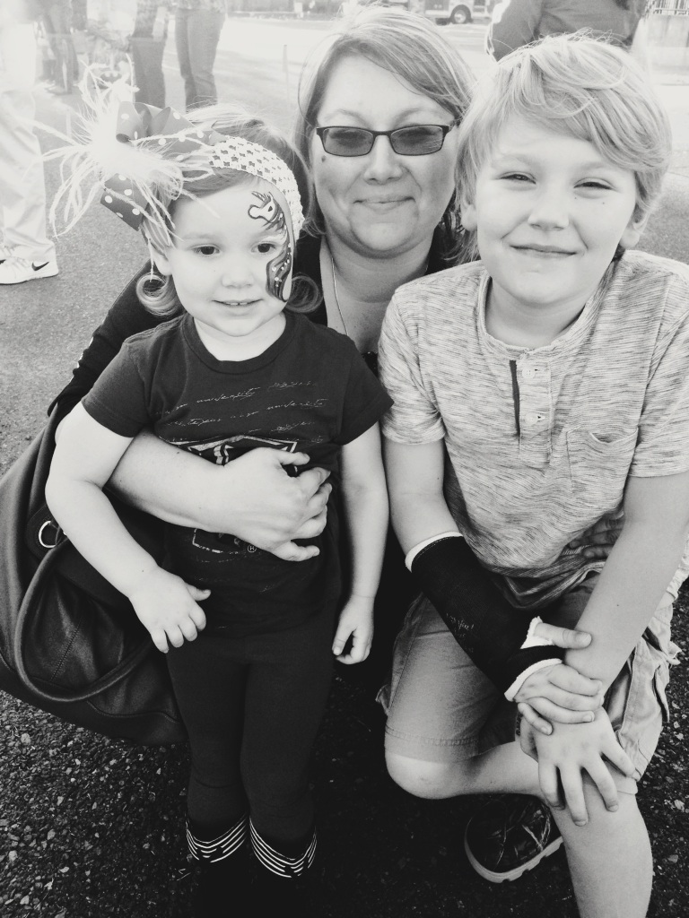 Enjoying a Fall Festival with my kiddos