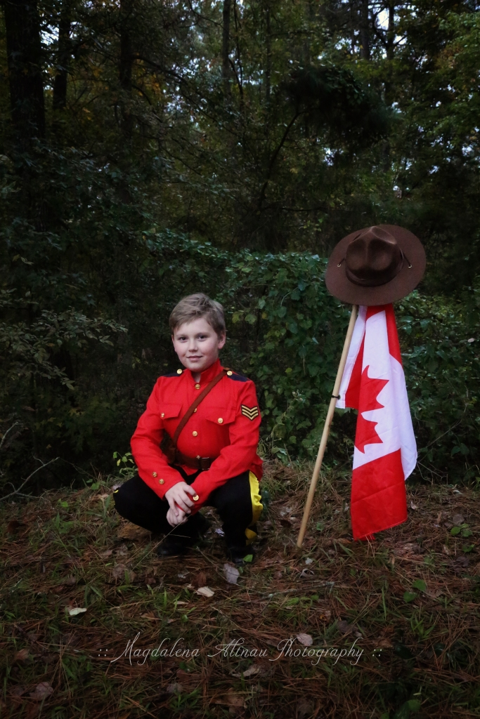 Halloween 2015 - My Canadian Mountie : VI : The Bluestocking At Home
